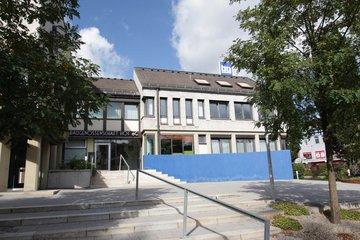 Bild des Verwaltungsgebäudes der BG
