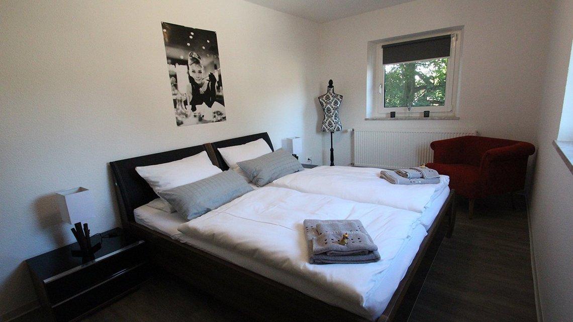 Bild des Schlafzimmers der Gästewohnung Home of Films