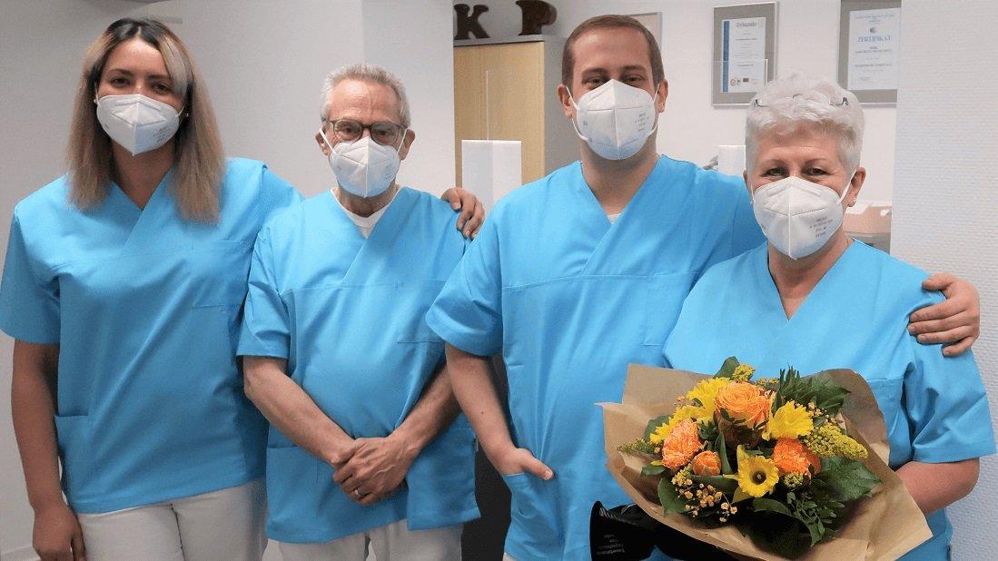 Bild vom Team der neuen Fußpflege- und Podologiepraxis
